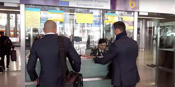 Cristiano Ronaldo Gets Asked For Autograph By Customs Officer