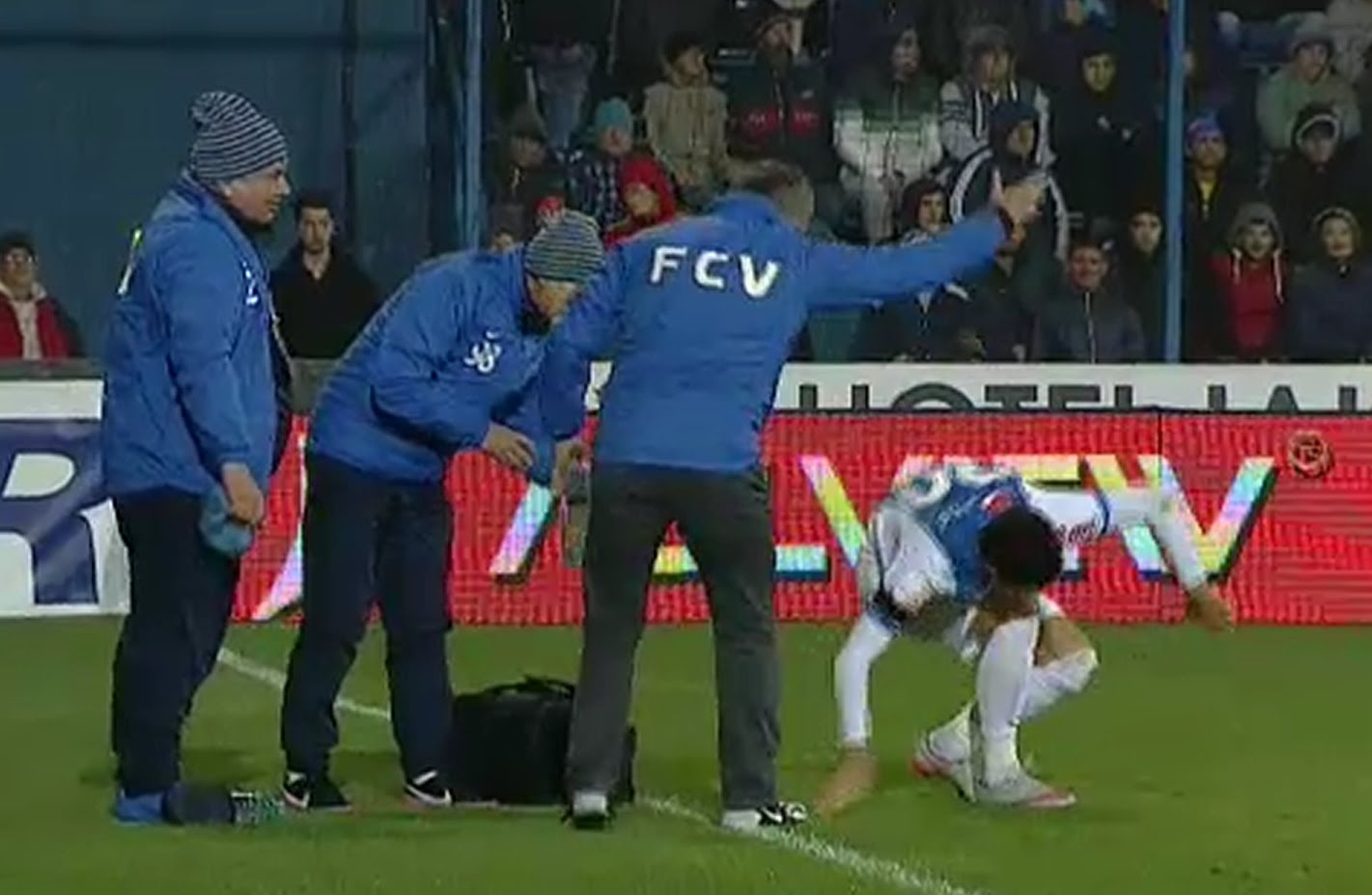 Gheorghe Hagi Orders His Own Play-Acting Player To Get Up And Get Back To The Pitch