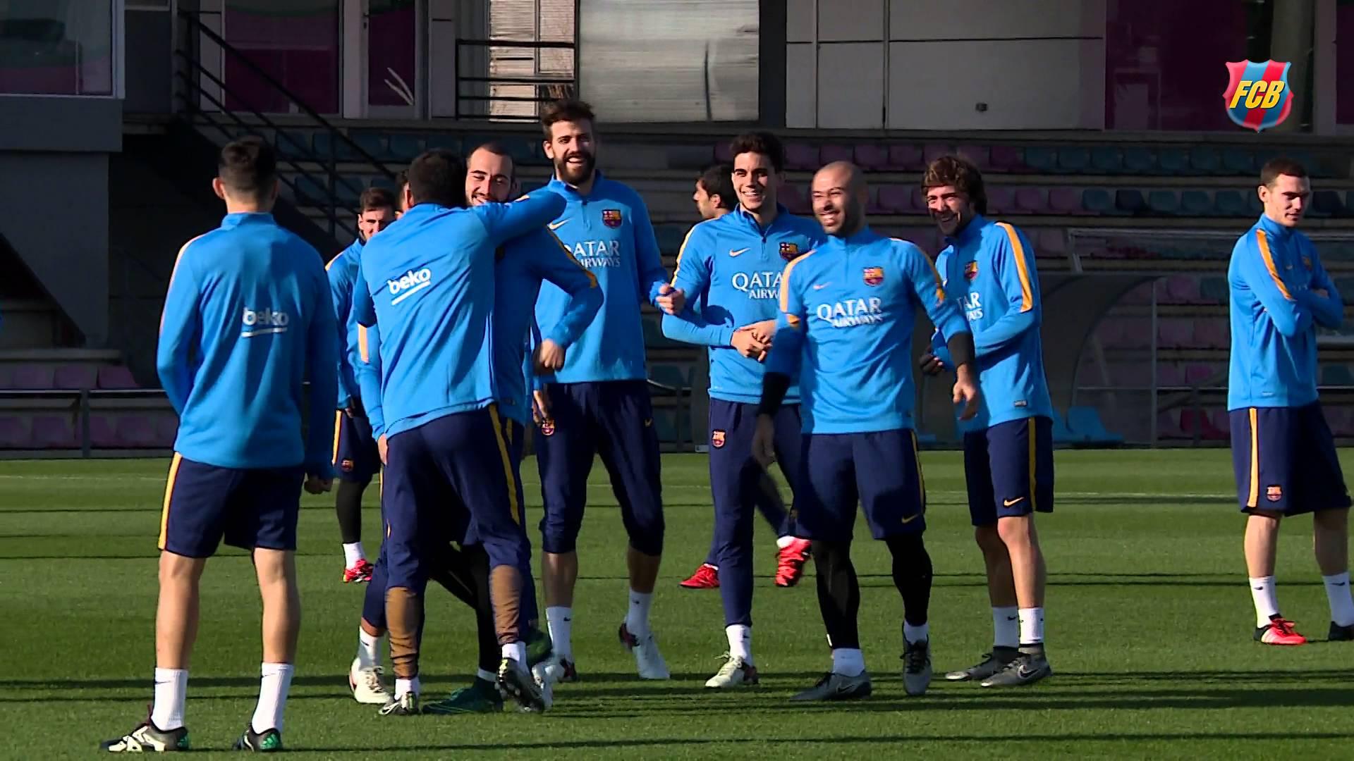 Barcelona Squad Play A Joke On Aleix Vidal