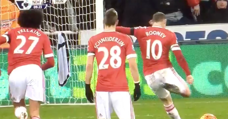 Wayne Rooney Puts Manchester United Ahead After Very Controversial Penalty