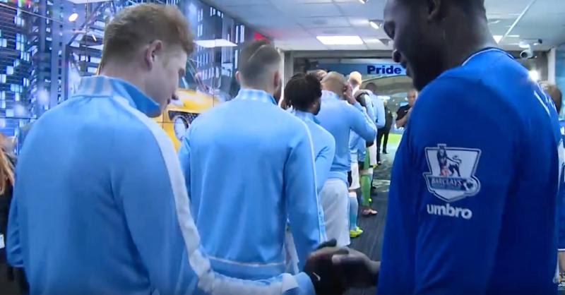 Kevin De Bruyne And Romelu Lukaku Share Very Cool Pre-Game Handshake