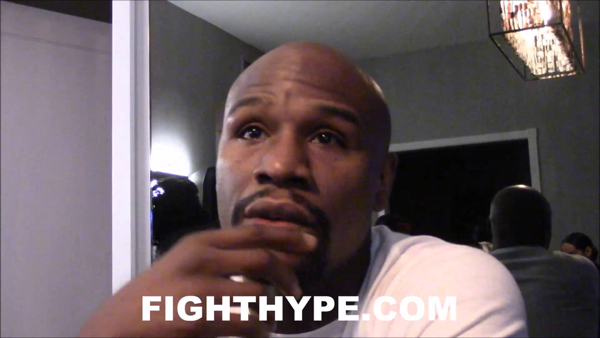 Floyd Mayweather Responds To Conor McGregor's Racism Comments