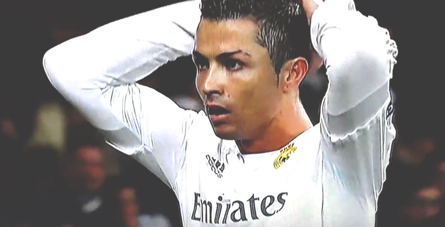 VIDEO: Cristiano Ronaldo Misses Absolute Sitter Against Roma