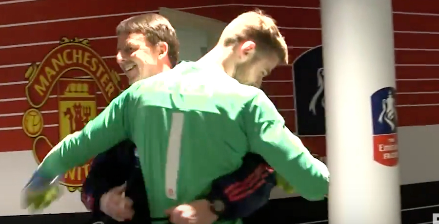 VIDEO: Manchester United v Everton Behind The Scenes Tunnel Cam