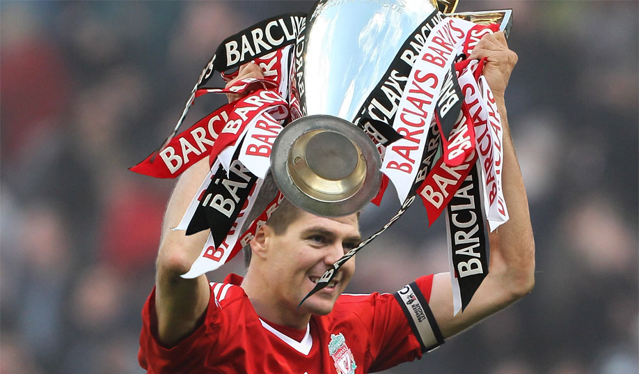 Steven Gerrard lifting the Premier League trophy