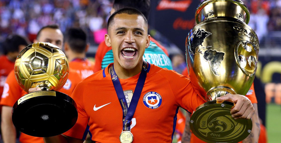 Alexis Sanchez Posts Worrying Images Of His Ankle Injury Online