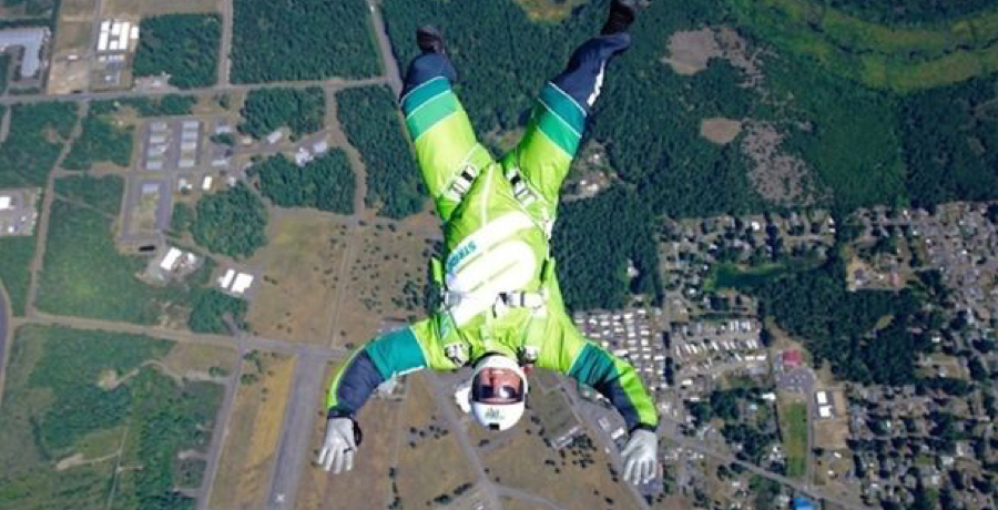 VIDEO: Man Jumps 25,000ft With No Parachute And Survives