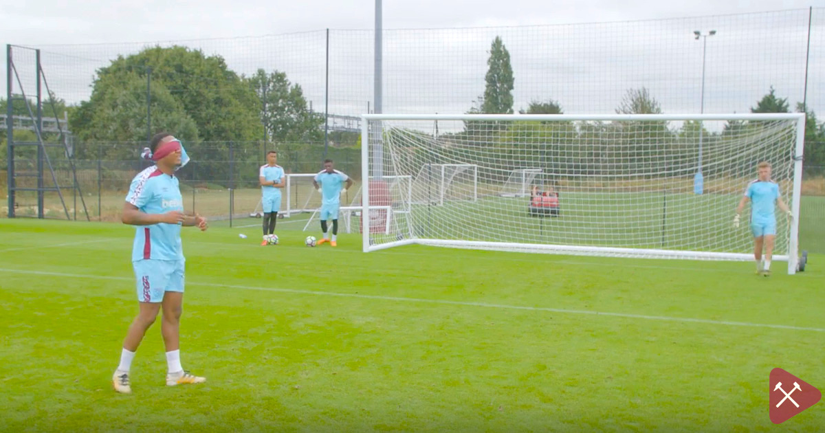 VIDEO: West Ham Academy Attempt Blindfolded Penalty Challenge