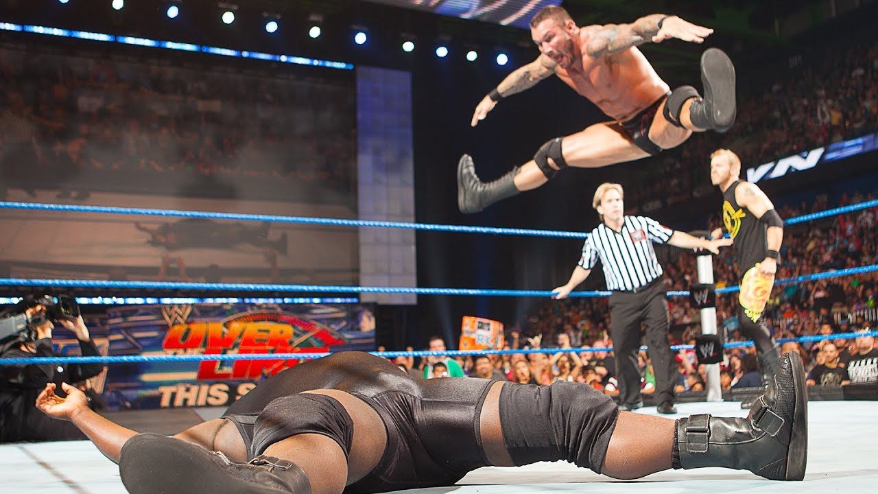 THROWBACK: Randy Orton's Touch Toe Celebration After Landing RKO On Mark Henry