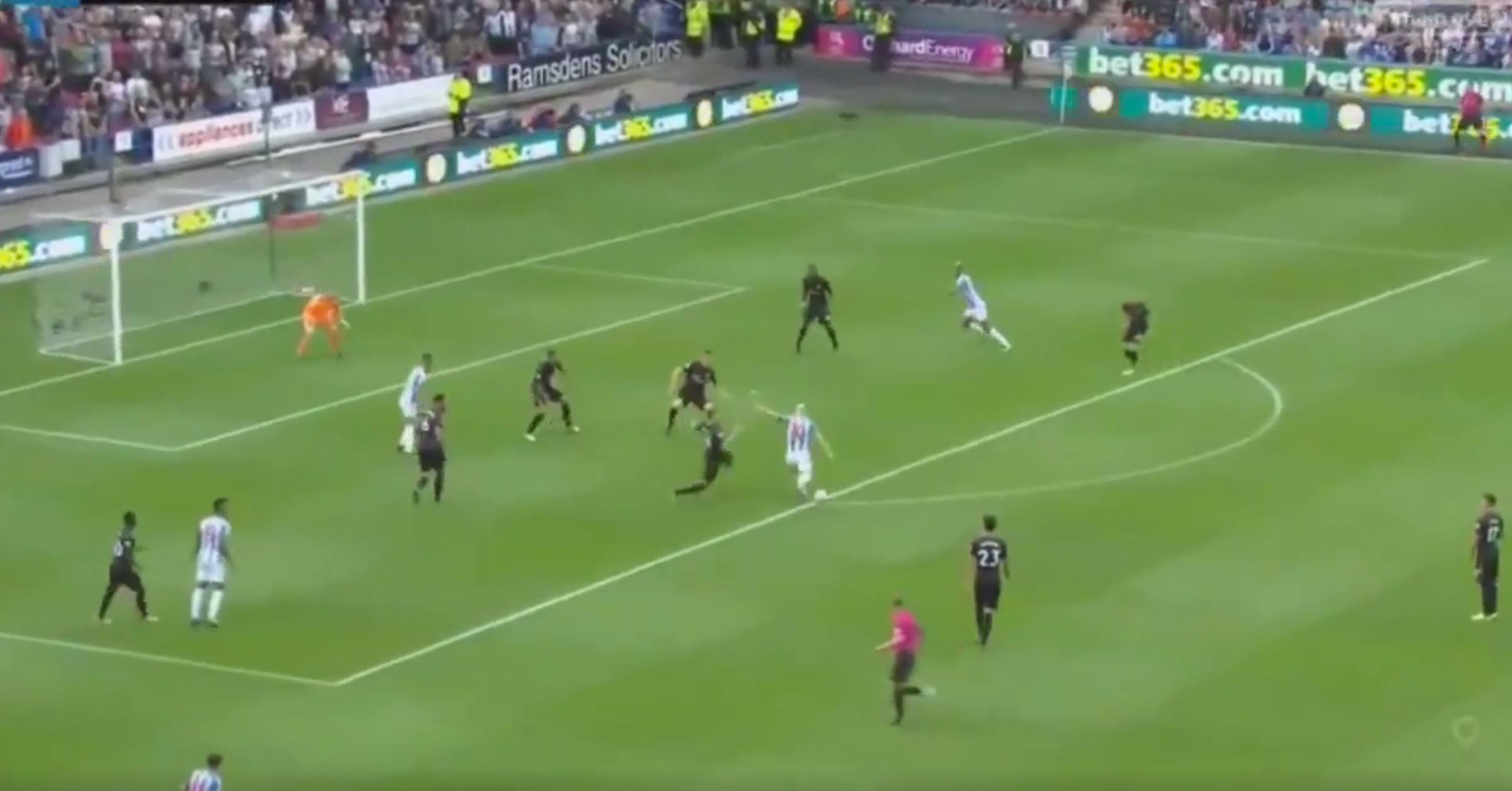 WATCH: Aaron Mooy Curls Huddersfield Into The Lead With Brilliantly Worked Goal