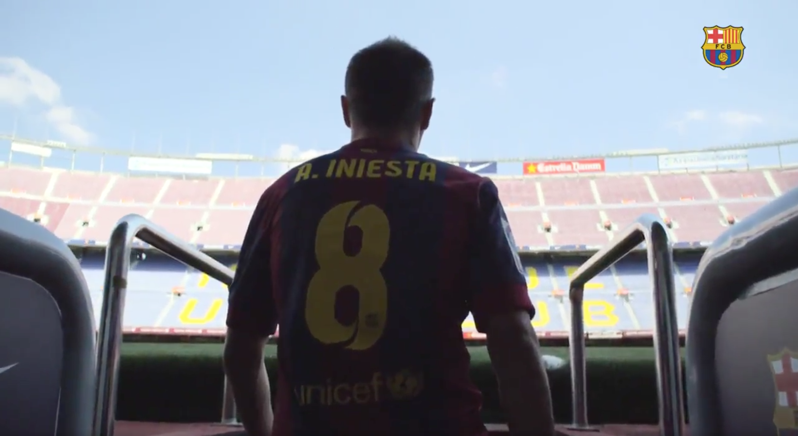 Iniesta Has Renewed His Barcelona Contract 'For Life'