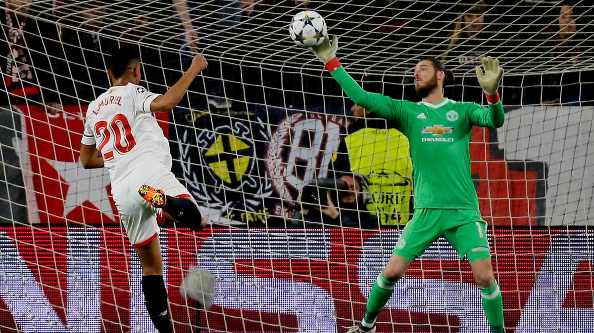 Sevilla send David De Gea hilarious tweet ahead of tonight's Champions League tie