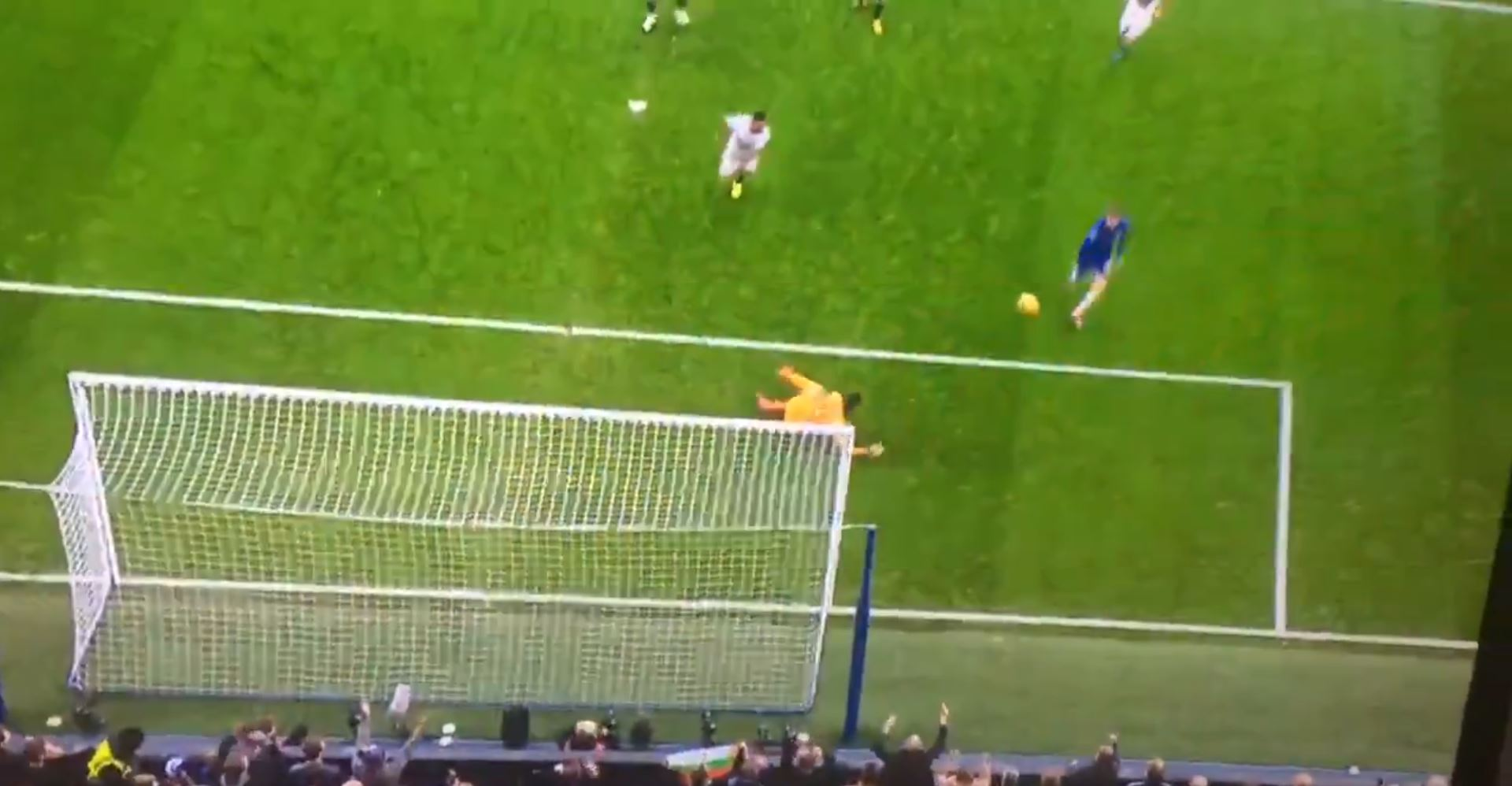 WATCH: Morata Blasts The Ball Over The Bar From 5 Yards Out