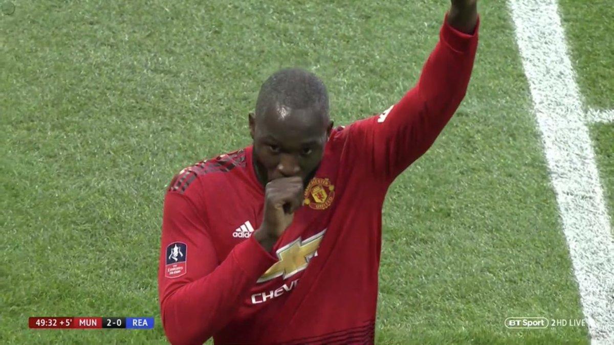 WATCH: Romelu Lukaku brilliantly rounds Reading goalkeeper and slots home from awkward angle