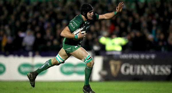 Ultan Dillane extends contract with Connacht
