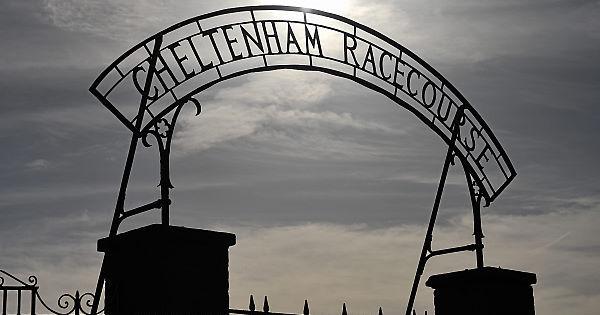 Man arrested for possession of knife at Cheltenham