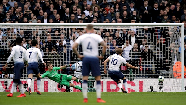 Lloris rescues derby point for Spurs with late penalty save