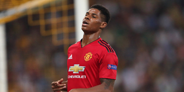 WATCH: Marcus Rashford smashes Barcelona crossbar in first 30 seconds