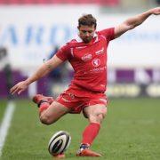 Scarlets keep play-off hopes alive after thrashing Zebre