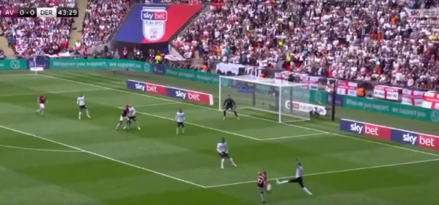 WATCH: El Ghazi scores first goal to ignite play-off final
