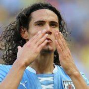 Late Cavani header sees Uruguay snatch win over Chile