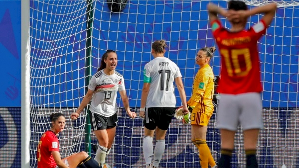 Germany close in on World Cup progression with narrow win over Spain