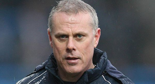 Chesterfield sack former Ireland midfielder John Sheridan as manager