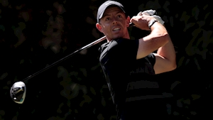 Rory McIlroy enjoys two-shot lead after return to old putter at WGC Mexico