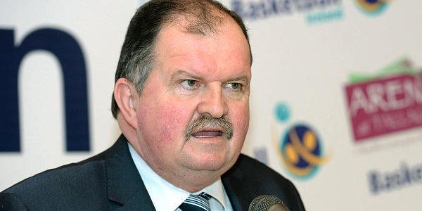 Bernard O'Byrne 'astonished' at Cheltenham Festival go-ahead as Basketball Ireland suspends games