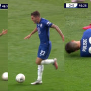WATCH: Chelsea Fans Applaud Pulisic For Battling Through Injury To Get A Shot Off