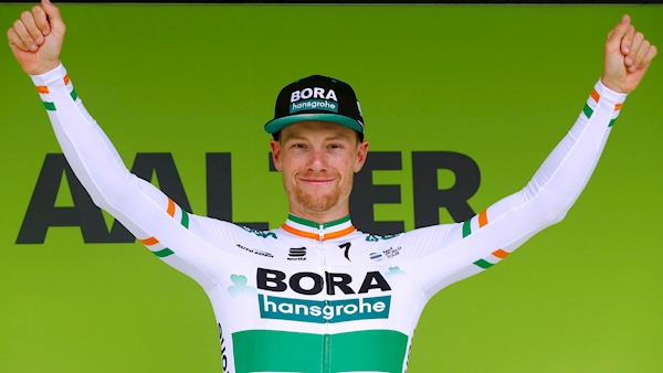 Bennett keen to add Tour de France stage win to stint in green jersey